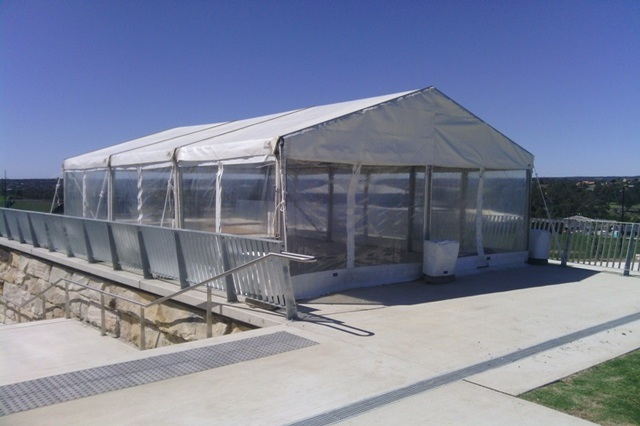 Clear walled 6x9m Hoecker